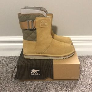"BRAND NEW Sorel ""newbie"" boots size 11"